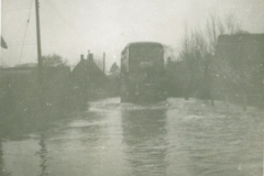 High Street - Floods between Tudor Cottage & Top Arch