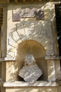 John Hampdens Bust at Stowe
